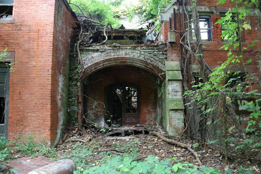 casa abandonadas alrededor del mundo (45)