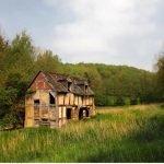 La melancólica belleza de las casas abandonadas alrededor del mundo