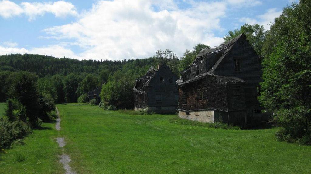 casa abandonadas alrededor del mundo (8)