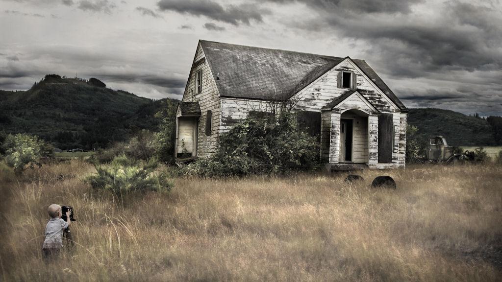 La melanc lica belleza de las casas abandonadas alrededor for Classic houses images
