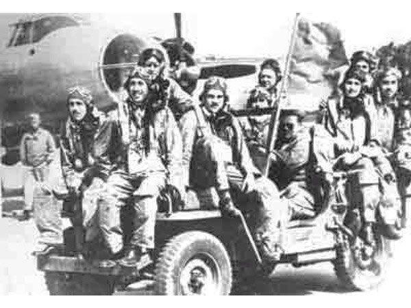201 escuadron automovil