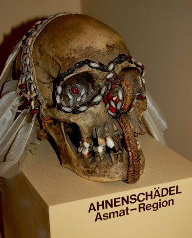 Beinhaus casa huesos hallstatt (8)