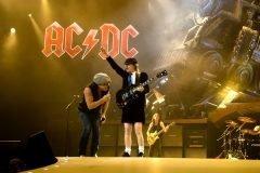 Esto provoca un clásico de AC/DC