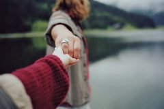 Fotografías que captan la sensibilidad e intimidad de parejas enamoradas