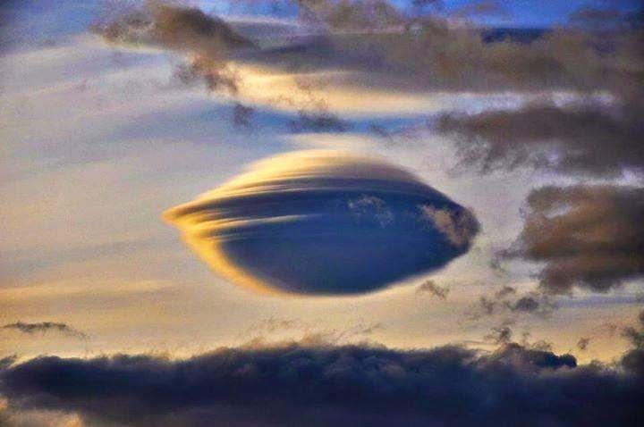 nube lenticular