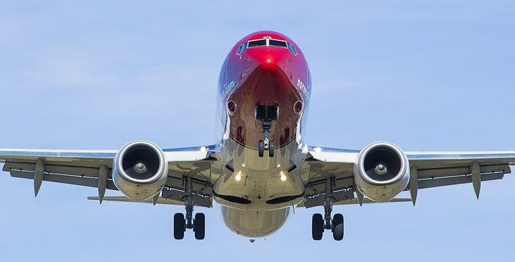 Boeing 737 Noruega
