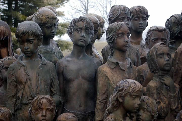 monumento ninos victimas guerra lidice (5)