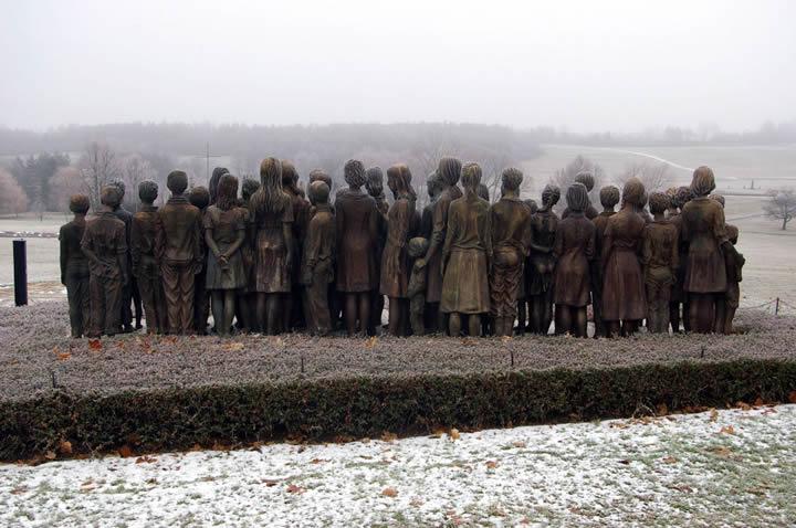 monumento ninos victimas guerra lidice (6)