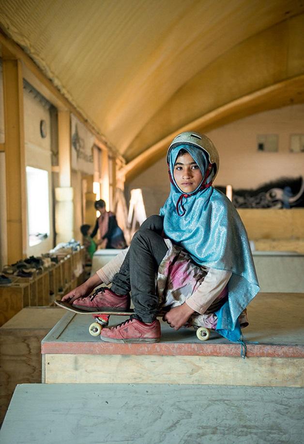 ninas skaters afganistan (2)