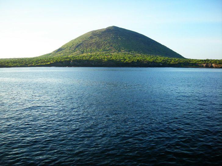 paisaje mar volcan