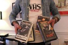 Películas modernas y series de televisión al estilo VHS