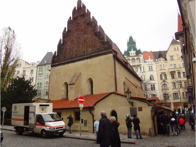 sinagoga praga vieja nueva
