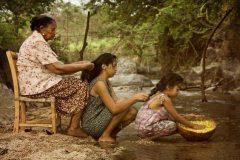 Consejos de la abuela: cuando una mujer está triste lo mejor que puede hacer es ...