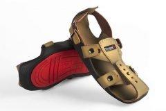 El calzado que crece y promete ayudar a millones de niños pobres