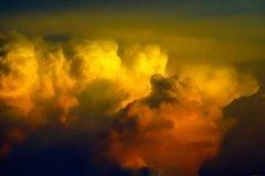 """Antimateria """"inexplicable"""" es descubierta en una nube de tormenta"""