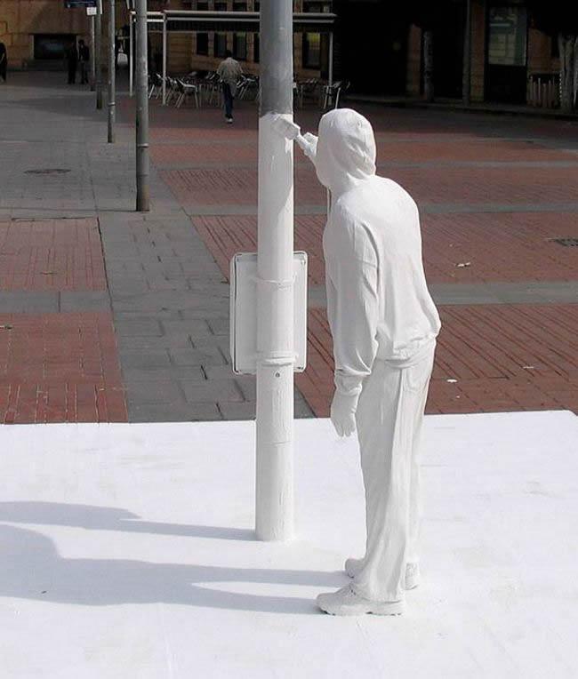 esculturas urbanas impactantes (1)