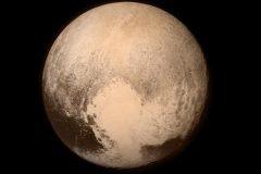 9 años y 5 mil millones de km después: una foto de Plutón