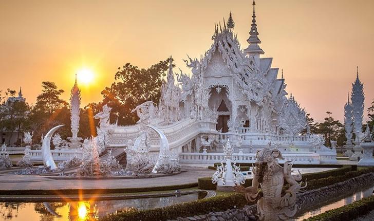 templo blanco tailandia (4)