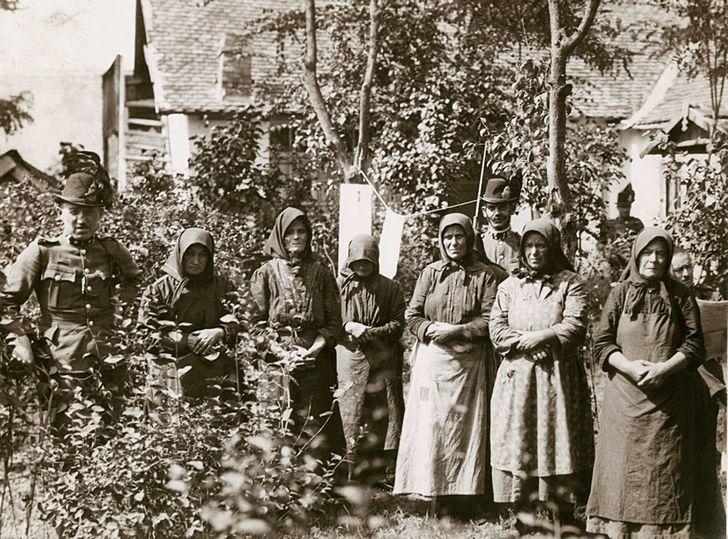 Arrestos en 1929. Imagen: Munkácsi Márton.