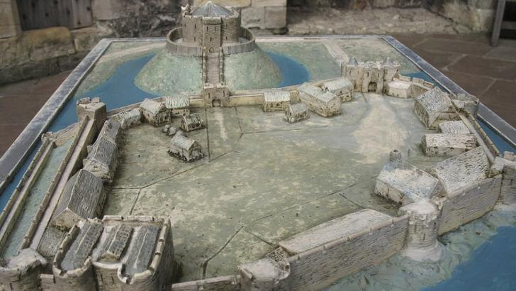 estructura castillo medieval