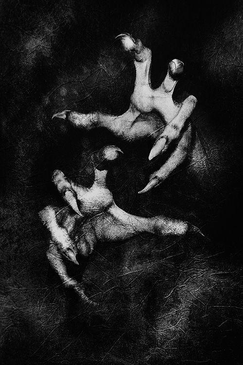 manos terror (2)