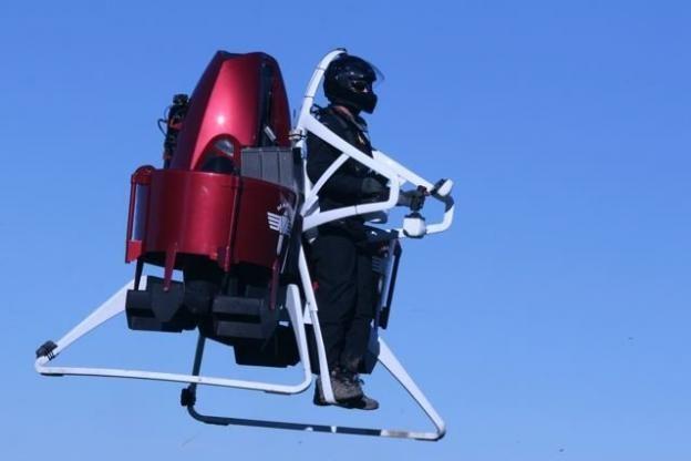Jetpack dubai bomberos (2)