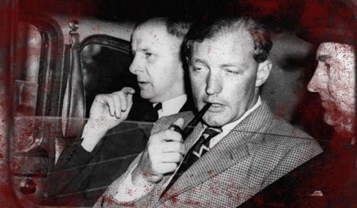 Neville Heath detenido fumando una pipa