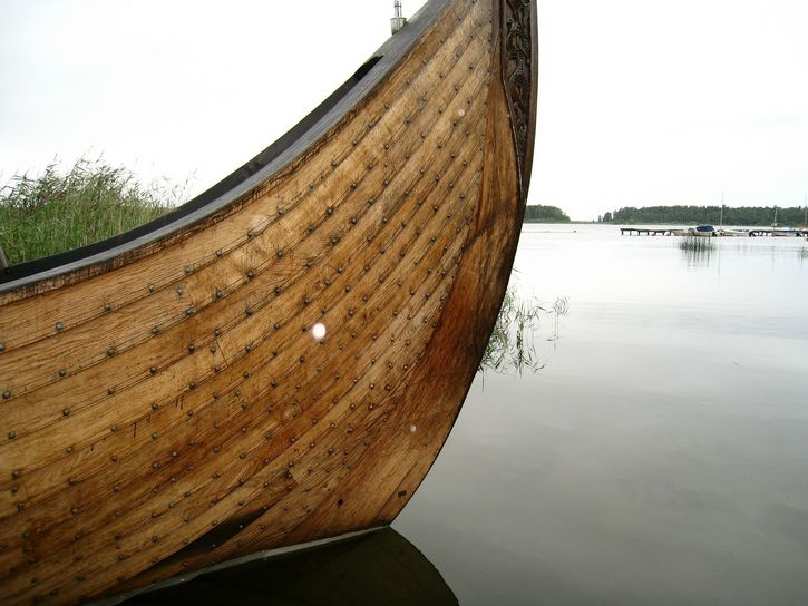 bote vikingo madera