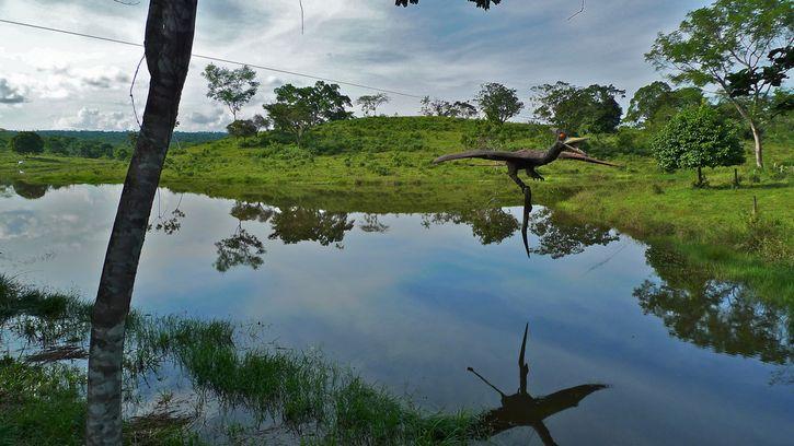 hacienda napoles colombia dinosaurios