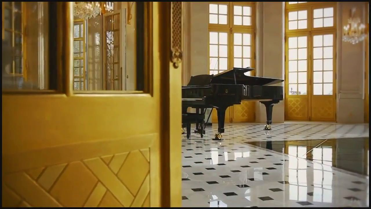 Château Louis XIV mansion Paris (7)