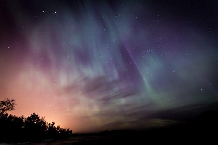 aurora boreal cielo nocturno