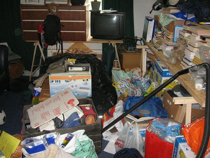 habitaciones desordenada