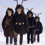 Disfraces tradicionales y rituales paganos en Europa