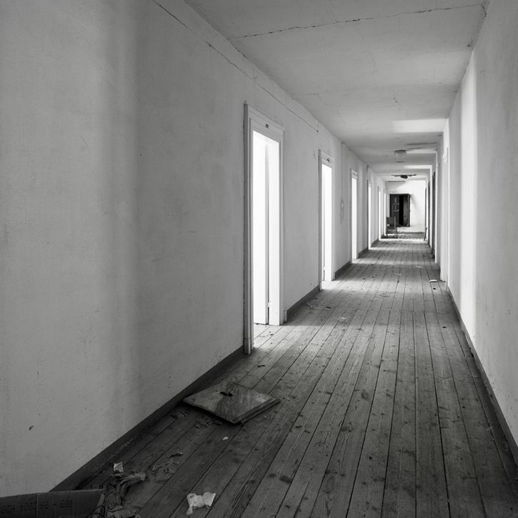 cuartos de hotel pasillo