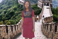Keniana gana viaje después de hacer burdos fotomontajes