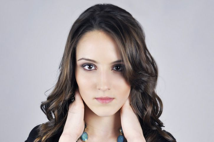 mujer joven piel