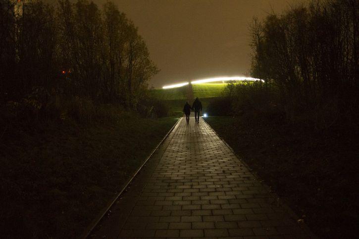 noche ovni cielo