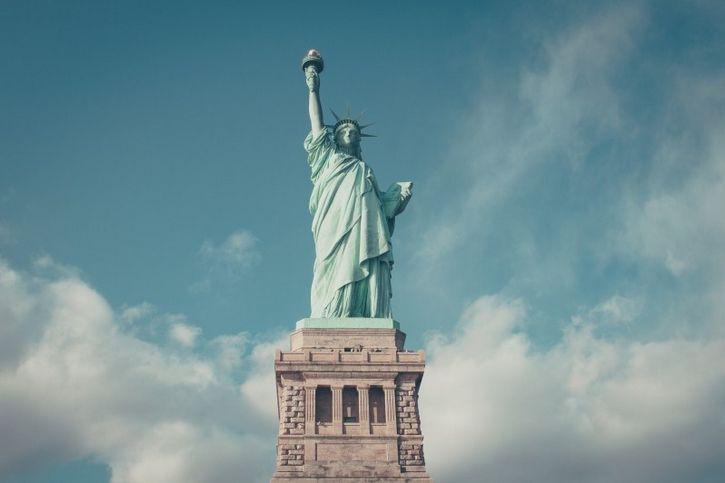 estatua libertad victoria