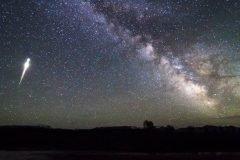 La Tierra atravesará la cola del cometa Halley el próximo mes