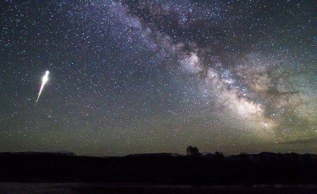 lluvia de estrellas cometa halley
