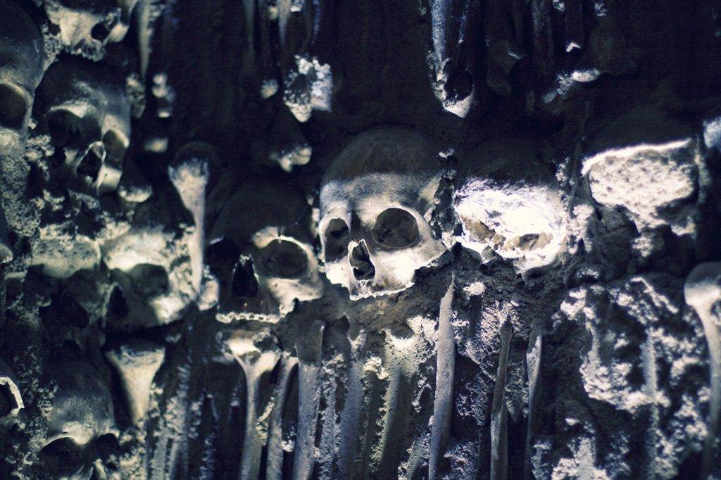 Capela dos Ossos portugal (4)