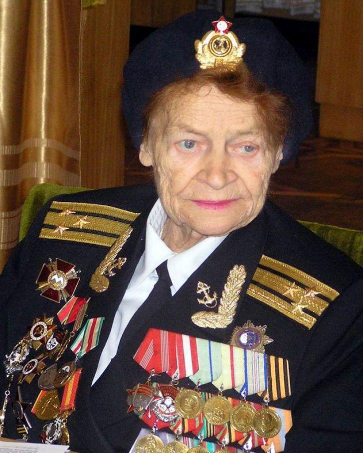 Yevdokiya Zavaliy soldado ucrania (2)