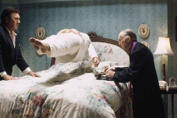 levitacion exorcismo