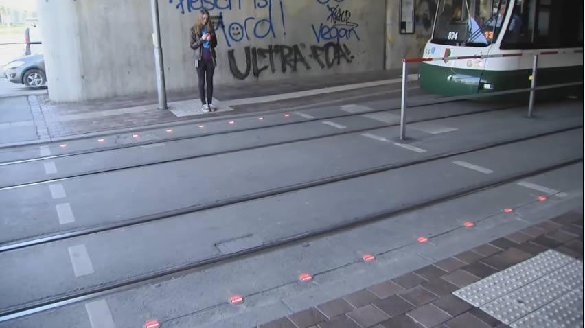 semaforos piso mujer