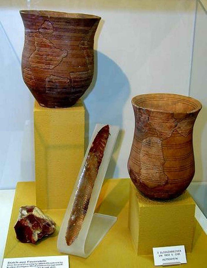 Objetos de la cultura del vaso  campaniforme.
