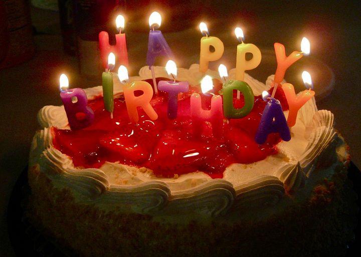pastel de feliz cumpleaños