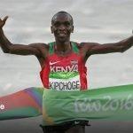 El millonario atleta que ganó el oro y sigue limpiando baños para motivarse