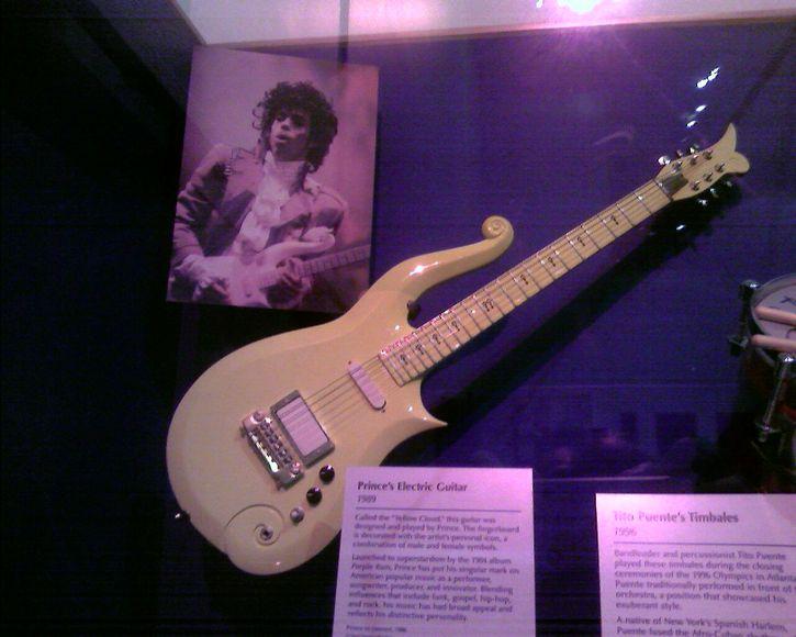 Prince Guitarra