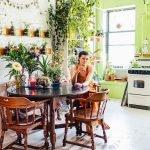 Mujer transforma apartamento de NY en una selva