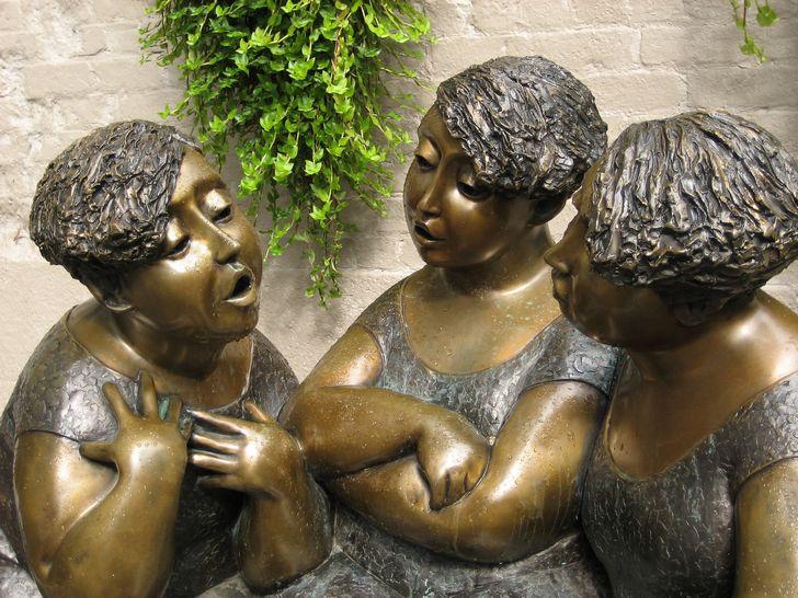 estatuas hablando